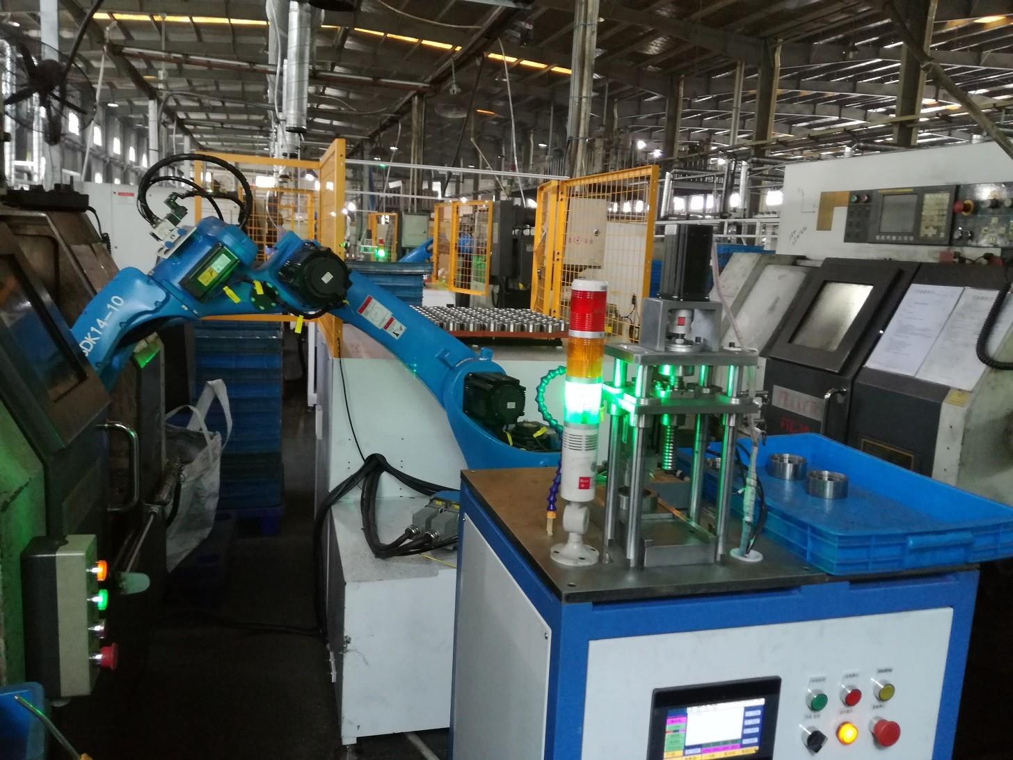 电机轴绕线焊接检测上下料机器人图片1
