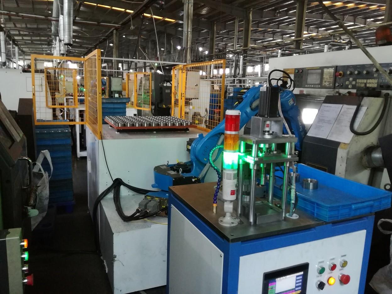 电机轴绕线焊接检测上下料机器人图片2