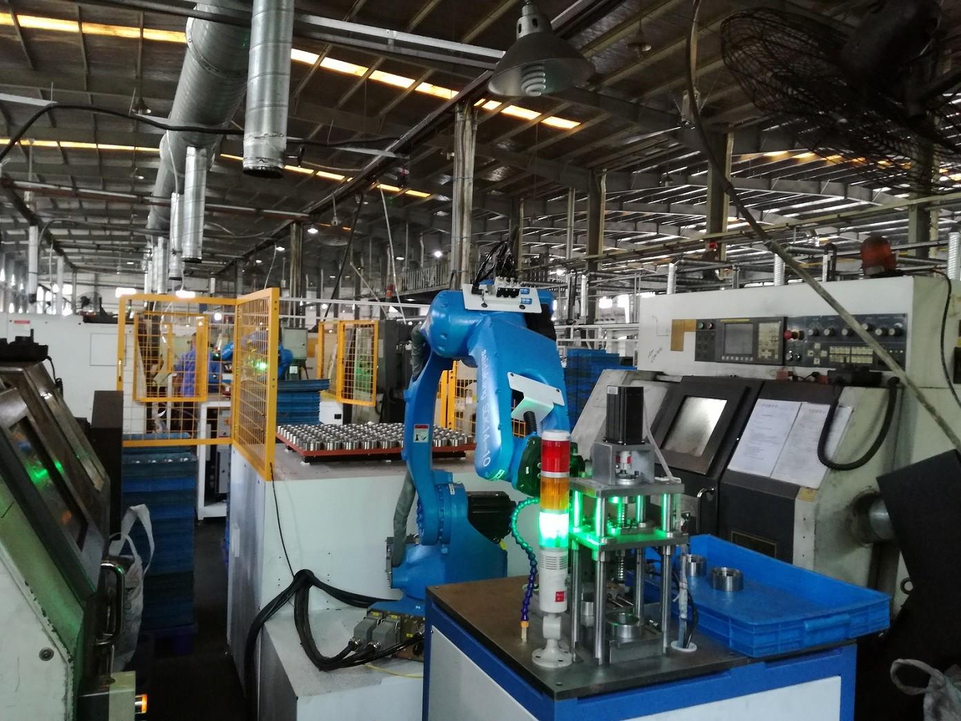 电机轴绕线焊接检测上下料机器人图片3