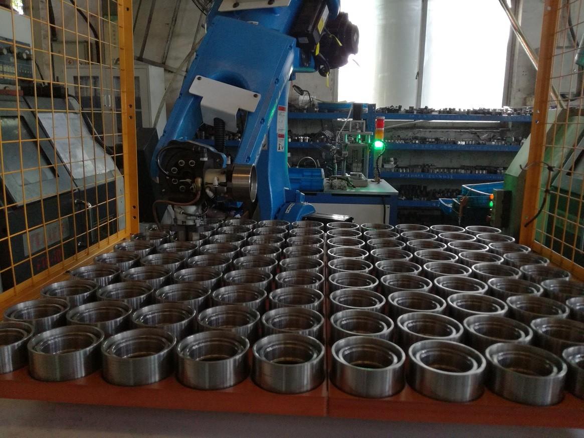 轴承车床加工上下料机器人图片3