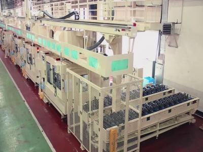 汽车配件后羊角转向节CNC加工自动上下料桁架机器人自动生产线
